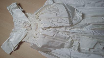 Robe de mariée ivoire  - Rhin (Haut)