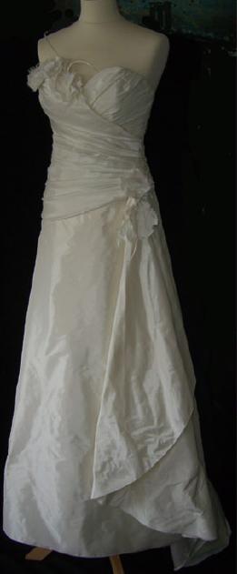 Robe de mariée pas cher en taffetas, Lambert créations - Occasion du Mariage