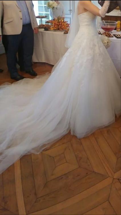 Robe de mariée neuve dentelle et accessoires  - Hauts de Seine