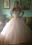 Robe de mariée princesse DEMETRIOS et bijoux Swarovski d'occasion