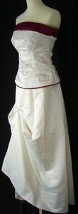 Jupe + bustier de mariée pas cher perlé bordeaux 2012 - Occasion du mariage