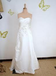 Robe de mariée avec crinoline + étole en fourrure + boléro + chaussures