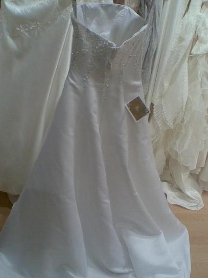 Robe de mariée d'occasion à bustier perlée collection Lise Saint-Germain 2012