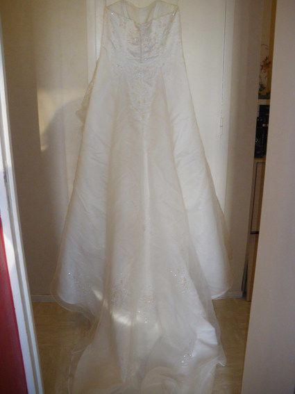 Robe de mariée de chez Point Mariage en très bon état