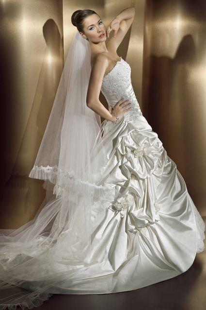 Robe de mariée COSMOBELLA 7376 pas cher d'occasion 2012 - Ile de France - Hauts de Seine - Occasion du Mariage