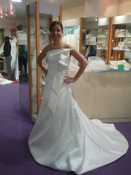 Robe de mariée d'occasion Hervé Mariage modèle Lune collection 2012