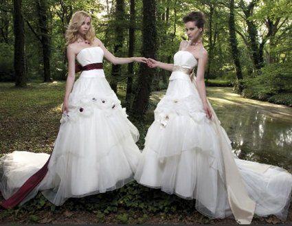Robe de mariée - Emilie des près pas cher d'occasion 2012 - Midi Pyrénées - Garonne (Haute) - Occasion du Mariage