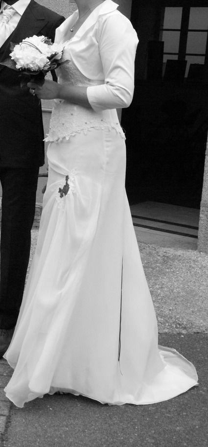 Robe de mariée taille 44, bustier en dentelle blanche - Mayenne