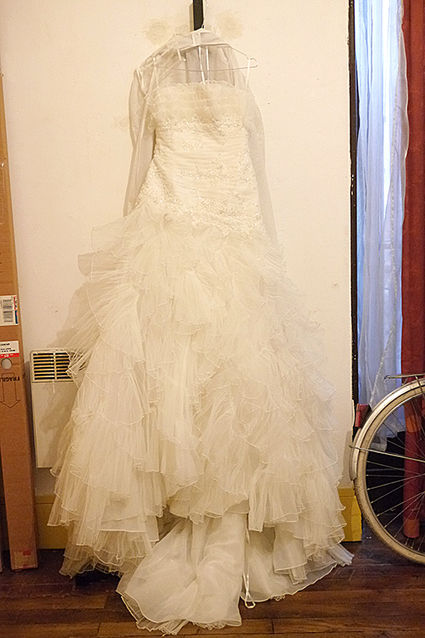 Robe de mariée bustier taille 40 avec étole  d'occasion