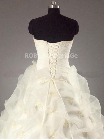 Robe de mariée romantique avec bustier sans bretelle d'occasion