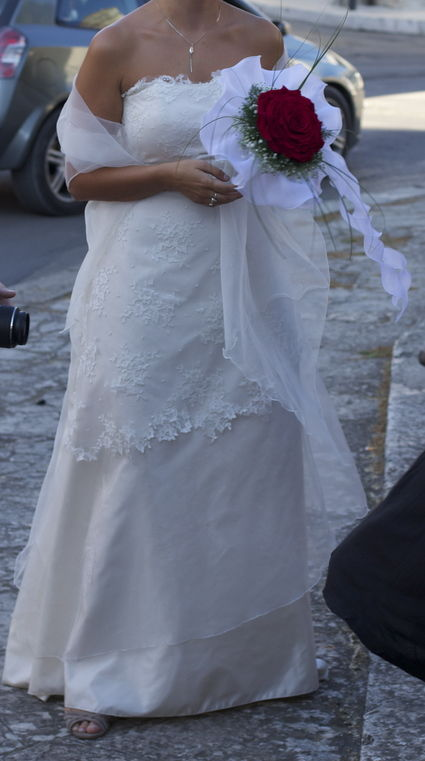 Robe de Mariée bustier en ivoire, taffetas et organza + Étole pas cher - Occasion du Mariage