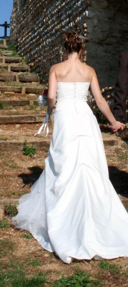 Robe de mariée marque Pronuptia d'occasion couleur ivoire