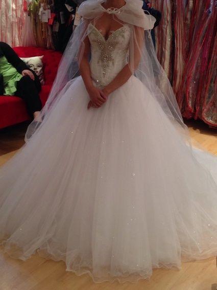 Robe de mariée Demetrios doccasion à Lyon Bustier cristaux ...
