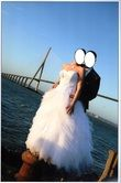 Robe de mariée blanche 2013 avec jupon, boléro et chaussures d'occasion