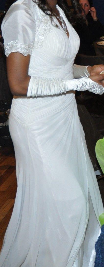 robe de soir e mariage d 39 occasion en satin et coton. Black Bedroom Furniture Sets. Home Design Ideas