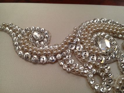 Pochette mariée avec bijou pour cheveux assorti - strass et pierres swarovski
