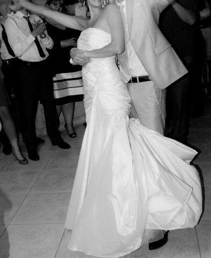 Robe de mariée bustier pas cher Elie Saab pour Pronovias Paris 2012 - Occasion du Mariage
