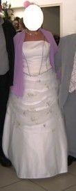 Robe de mariée Point Mariage avec jupe, traine et chaussures pas cher