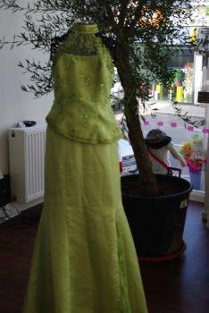 Ensemble de mariage pas cher vert anis 2012 - Occasion du mariage