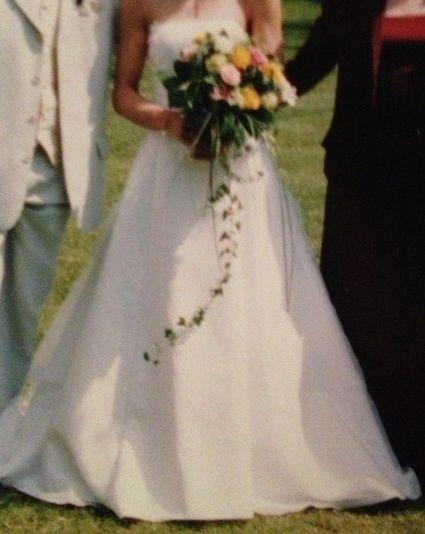 Robe de mariée blanche d'occasion T36