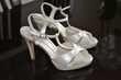 Chaussures mariées escarpins blancs nacrés taille 37  - Occasion du Mariage