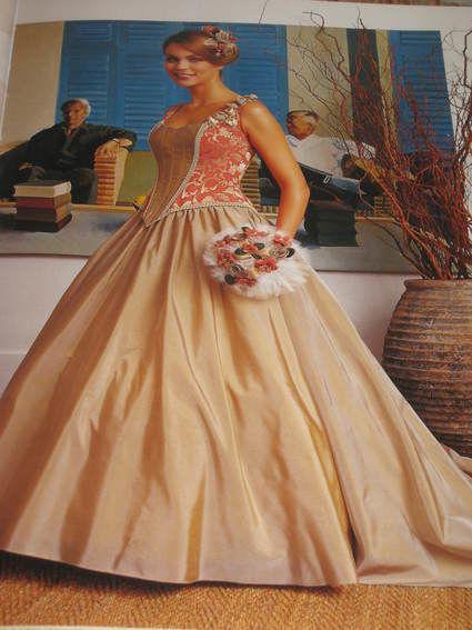 Robe de mariée neuve jamais portée avec accessoires