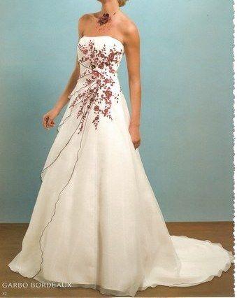 Robe mariée Pronuptia modèle Garbo ivoire et rouge - Occasion du Mariage