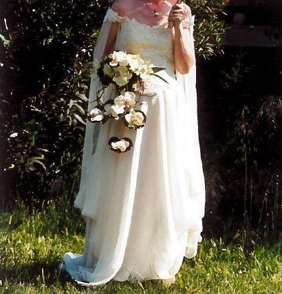 Robe de mariée en mousseline de soie ivoire d'occasion