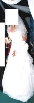 Sublime Robe de Mariée avec strass marque Tomy Mariage