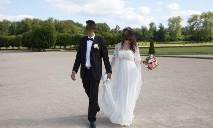 Magnifique robe de mariée d'occasion style Empire ivoire en mousseline