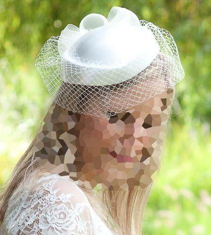 chapeau de mariage ivoire type bibi avec voilette hauts. Black Bedroom Furniture Sets. Home Design Ideas