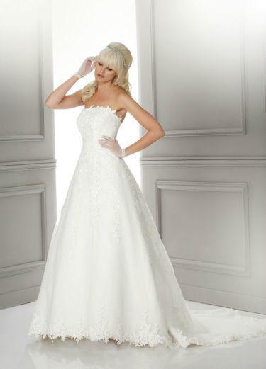 Robe de mariée Ivoire NEUVE Libellule Hervé Mariage T38 pas cher d'occasion 2012 - Ile de France - Hauts de Seine - Occasion du Mariage