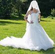 robe de mariée avec traine et voile - Occasion du Mariage