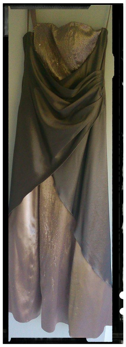 Robe de mariée d'occasion taupe et strasse marque Juju et Christine - Pas de Calais