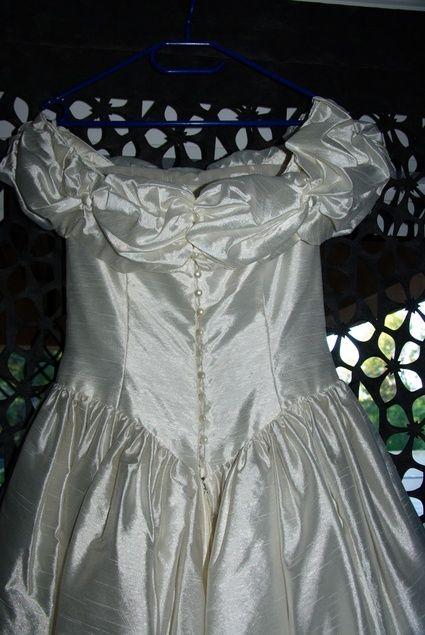 Elégante robe de mariée Cymbeline Paris en soie sauvage d'occasion