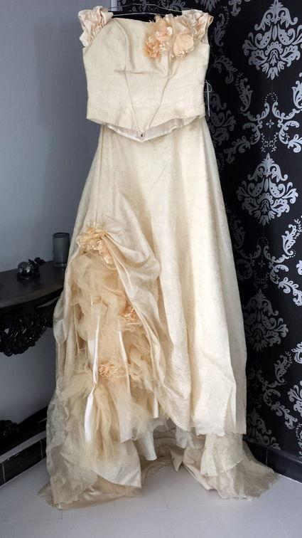 robe de mari e empire du mariage d 39 occasion. Black Bedroom Furniture Sets. Home Design Ideas