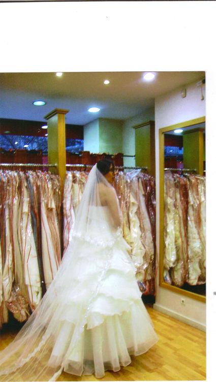 robe de mari e divina sposa d 39 occasion couleur champagne paris. Black Bedroom Furniture Sets. Home Design Ideas