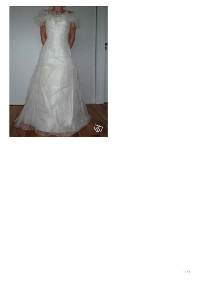 Robe de mariée + jupon en organza T36/38 d'occasion
