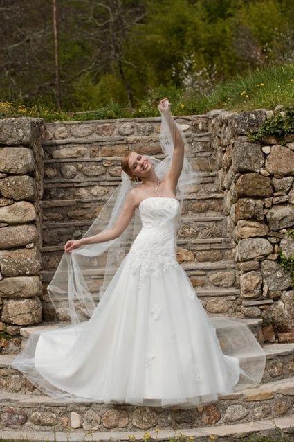 Robe de mariée d'occasion modèle Aumane de chez Point Mariage collection 2012