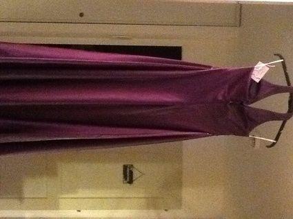 Robe de soirée violette taille 38 d'occasion en Eure et Loir