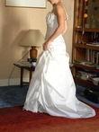Robe de mariée neuve Alexis mariage, couleur ivoire  type bustier