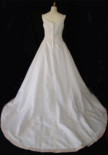 Robe de mariée pas cher collection Point Mariage - Occasion du mariage