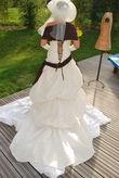 Superbe robe de mariée Ivoire et Chocolat - Occasion du Mariage