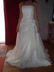 Robe de mariée Neuve Divina Sposa à Aix en Provence