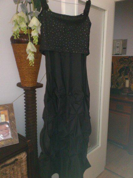 Robe de cérémonie noire pailletée d'occasion