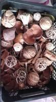 Fruits exotiques séchés, boules en rotin, fagots, ... - Occasion du Mariage