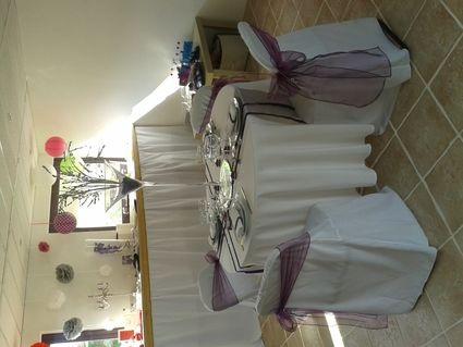 location housse de chaise de mariage eure et loir. Black Bedroom Furniture Sets. Home Design Ideas
