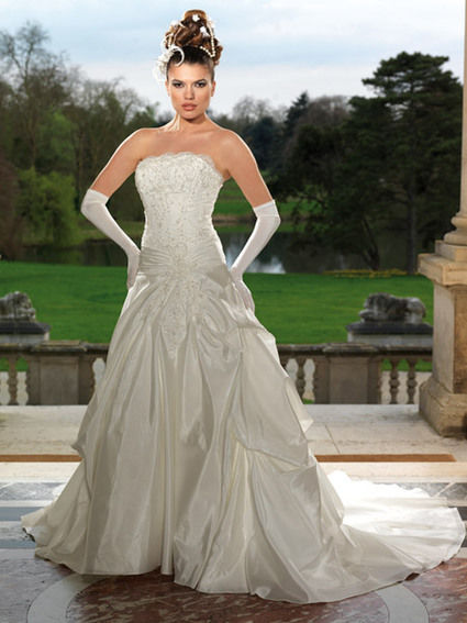 Robe tomy mariage 2011 + accessoires pas cher d'occasion - Ile de France - Yvelines - Occasion du Mariage