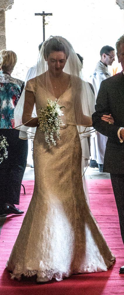 Robe de Mariée bohème empire dentelle chic - Isère