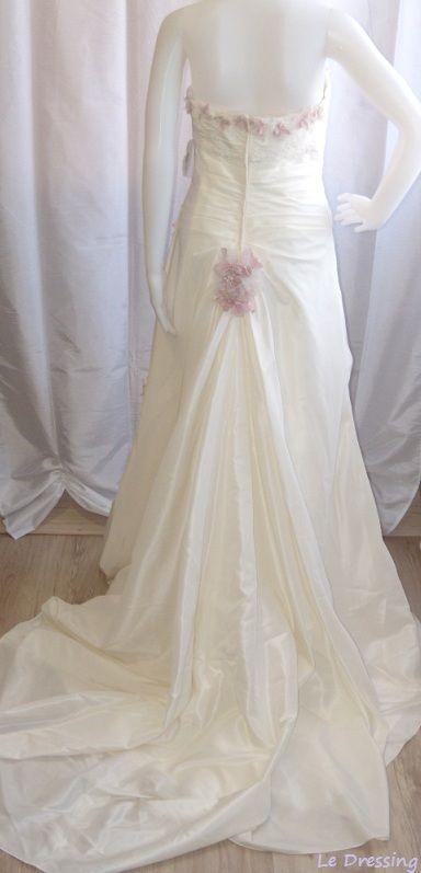 Robe de mariée d'occasion Ivoire/rose modèle Apalis de chez Point Mariage